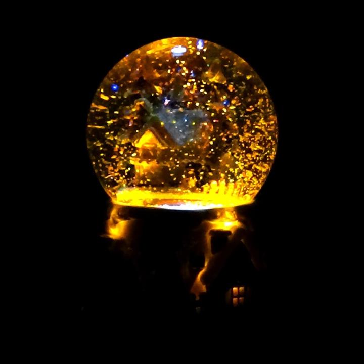 创意圣诞飘雪水晶球音乐八音盒