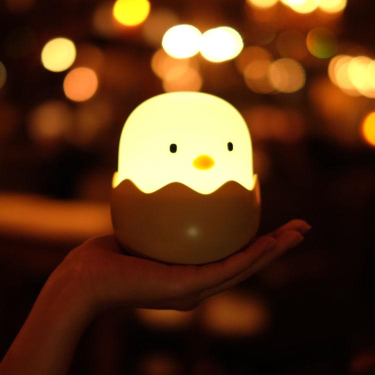 趣味蛋壳 软萌小鸡,白天不懂夜的黑,如何让TA懂你的爱?