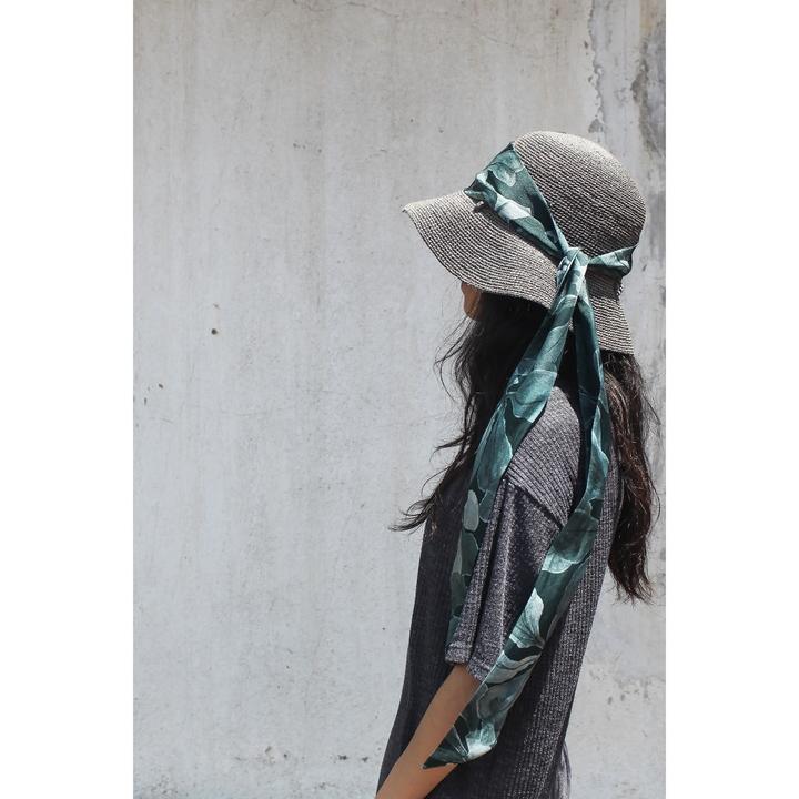 双成记|槟榔西里系列|洋紫荆花瓣印花真丝缎面窄丝巾