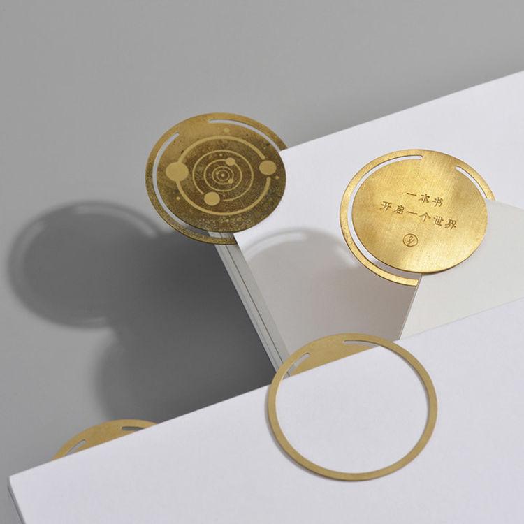 复古怀旧黄铜书签,美得犯规:惊艳了时光的黄铜物件