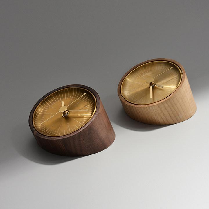意外实木时光小台钟 金属黄铜座钟 静音扫秒黑胡桃 桌面钟表时计