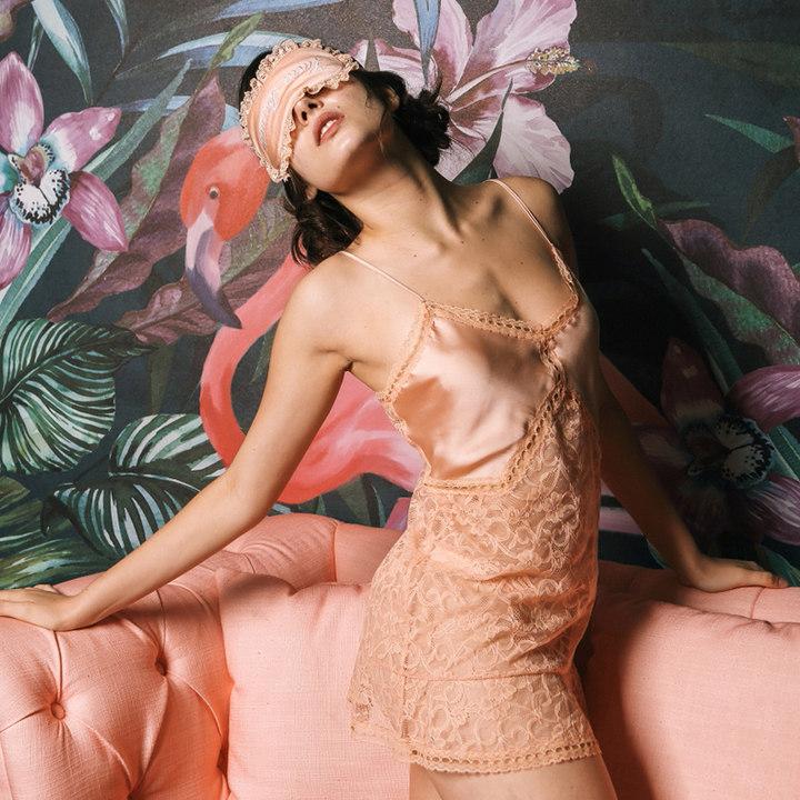 Lucia Berutto蕾丝拼接吊带裙时尚性感家居服情趣透明睡裙