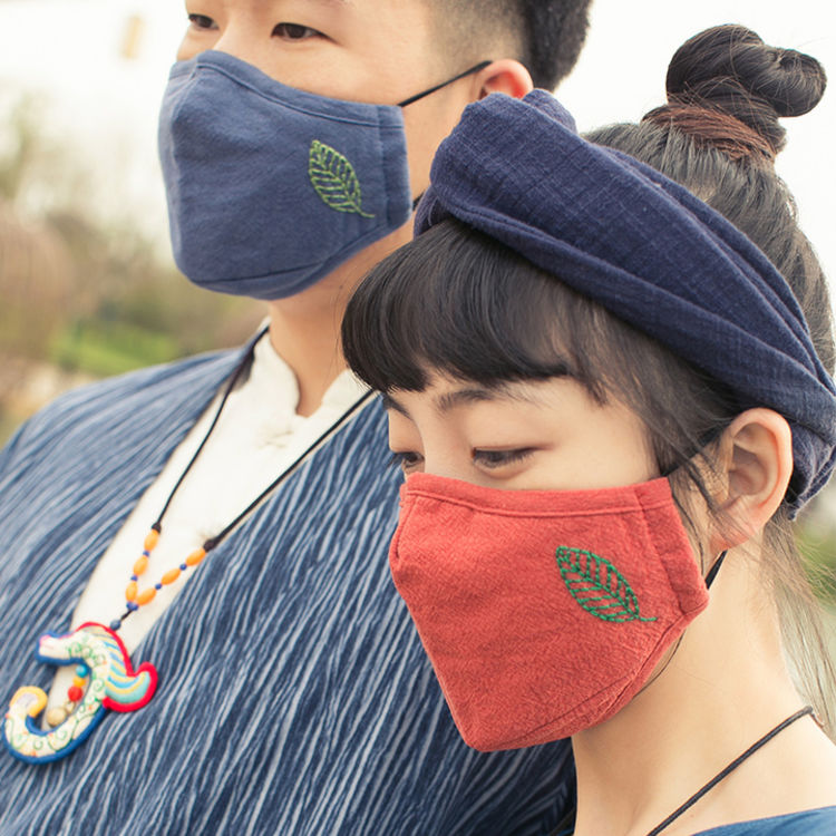 纯手工·刺绣·口罩,「回头率UP」戴着口罩懒散出个街,专治秋冬毒霾