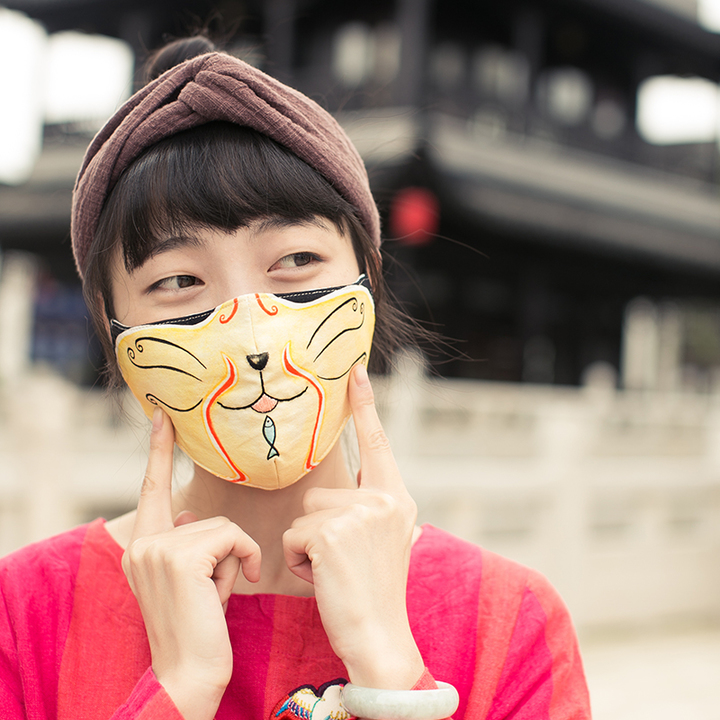 王的手创《霸王别姬》防雾霾手工刺绣口罩创意保暖秋冬新款