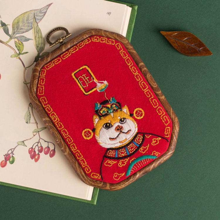 纯手工·刺绣·装饰画,年头旺到年尾,生活&职场大逆袭的财神来了!