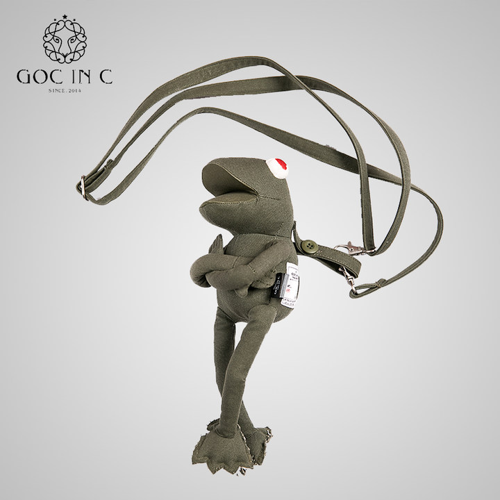 GOC IN C 青蛙LOVE充电宝卡通玩偶移动电源10000毫安潮牌充电宝