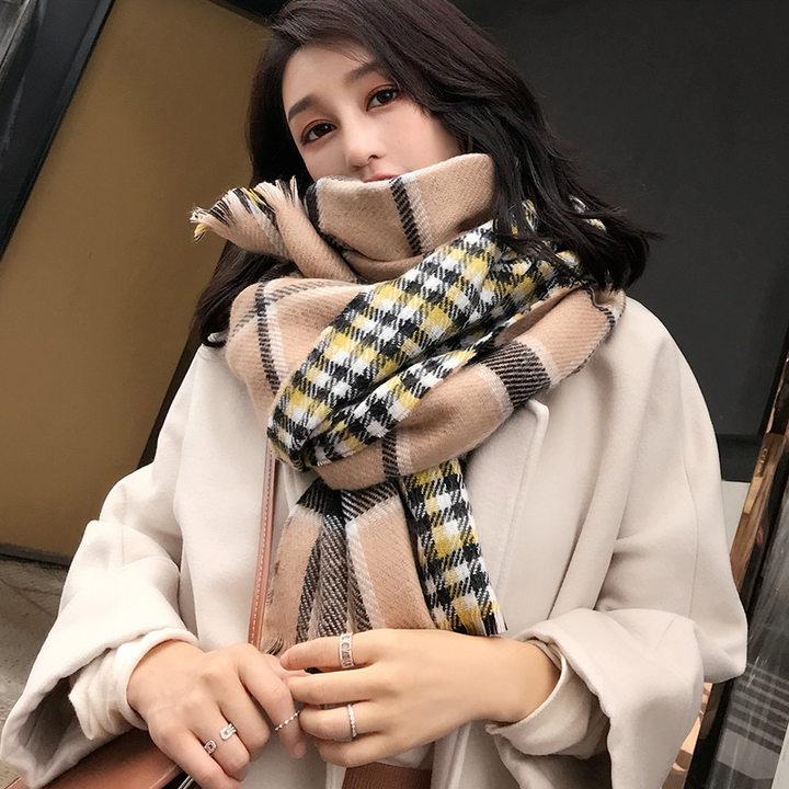 大牌风英伦格纹围巾
