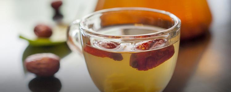 一杯红枣茶暖透你的整个冬天