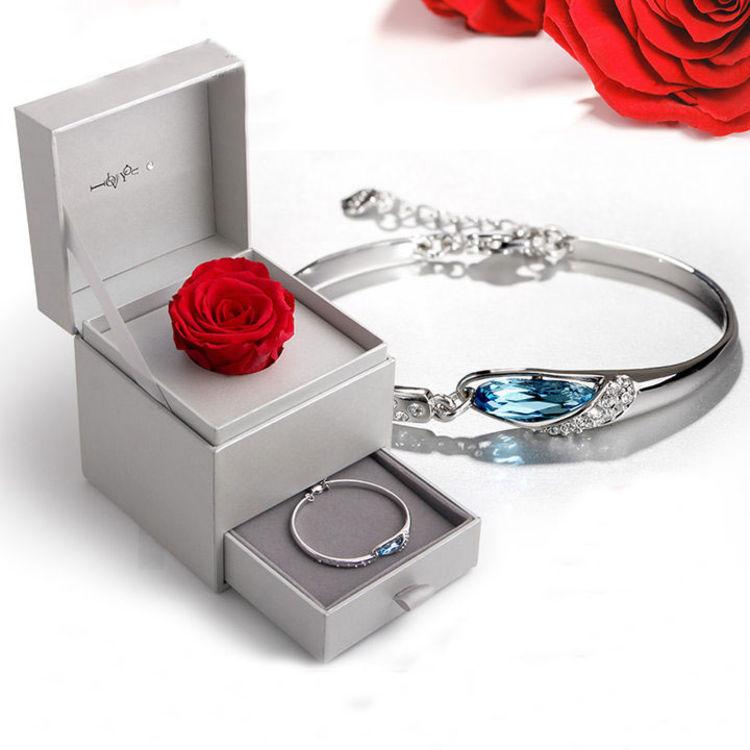 送她专属手链,七夕爱礼 | 红玫瑰的永生花,被偏爱的都是今生挚爱