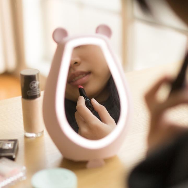 萌哒熊化妆镜闹钟音箱补光灯