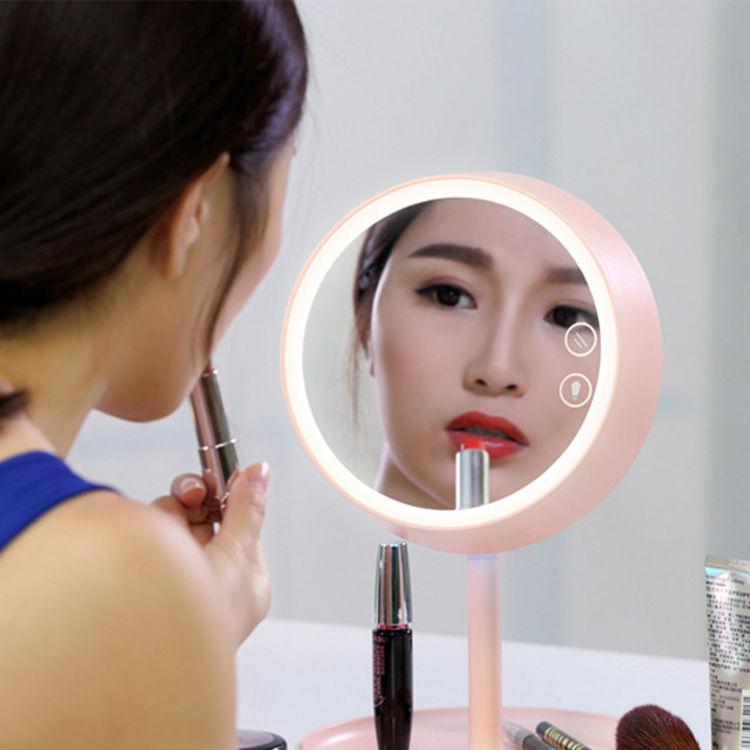 """让生活更轻松惬意,多功能""""化妆镜"""",送她365天的美腻"""