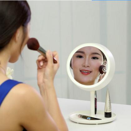 8thdays创意LED台灯简约梳妆镜