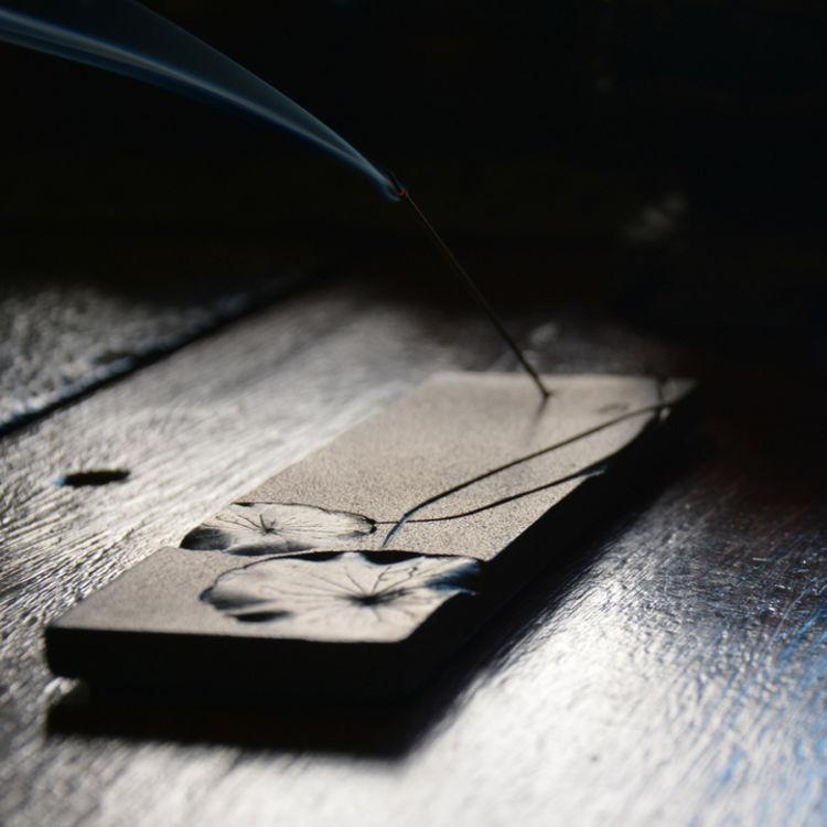 走心之作,缕缕香雾,只有设计满分的香插才相配