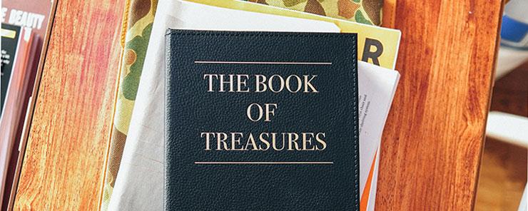 妹纸们不可告人的小秘密,居然就藏在这本书里