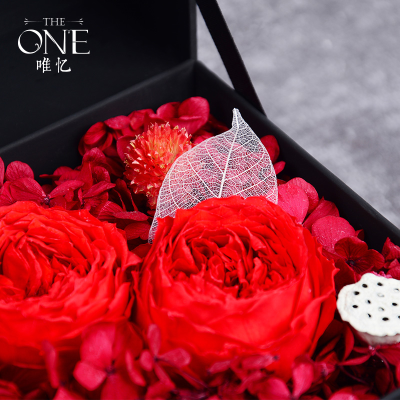 THEONE唯忆花房 悦与爱 进口永生花礼盒红玫瑰花盒干花奥斯汀玫瑰