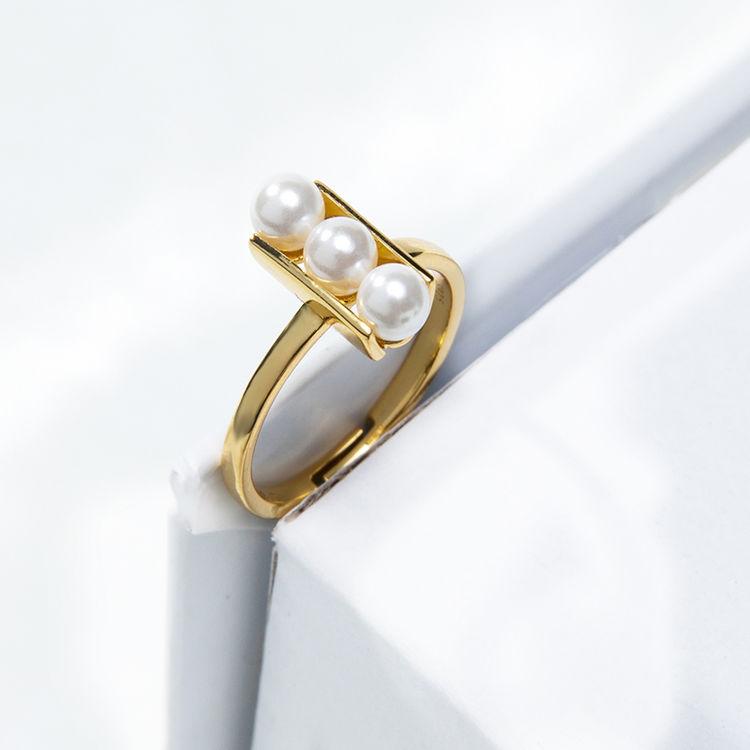 每颗珍珠都凝聚着情话,新年,送自己一个美丽的开始