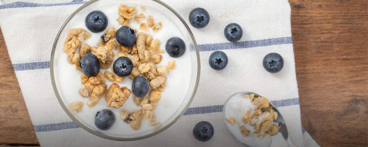 学学维密超模,如何花式吃酸奶
