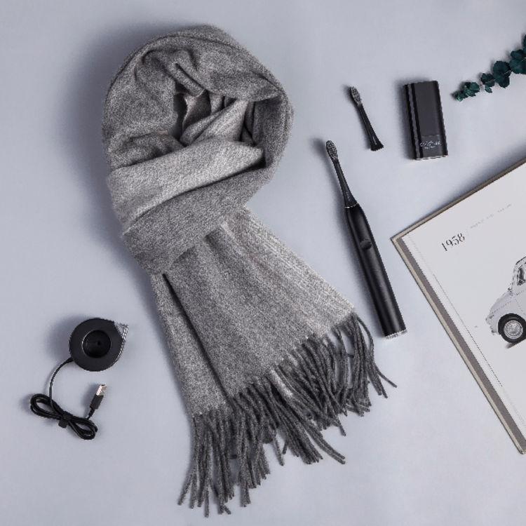 圣诞礼盒,100%羊绒围巾,品质媲美巴宝莉