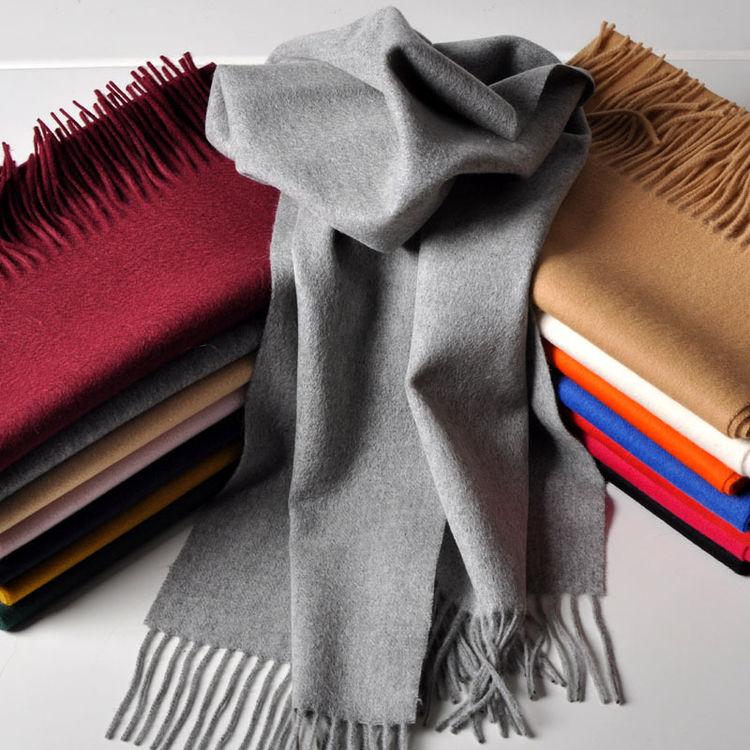 新款秋冬季纯羊绒围巾,御寒单品也要够fashion,又暖又潮才是in道理