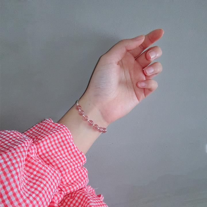 天然草莓晶转运珠手链