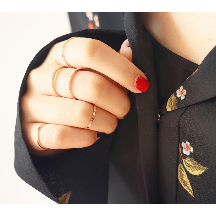 ,极简细戒丨指尖上的极致优雅