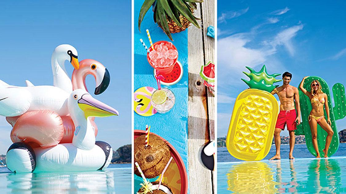 """10种泳池度假必备的""""水上玩物"""""""