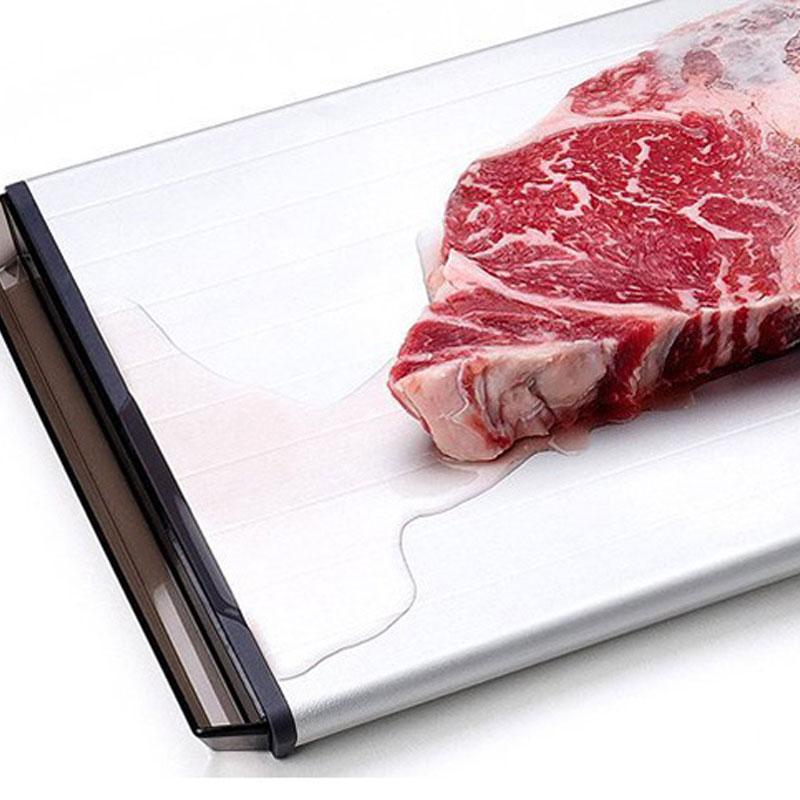 跟它相比,传统的解冻方法弱爆了:台湾奇想加速解冻菜板