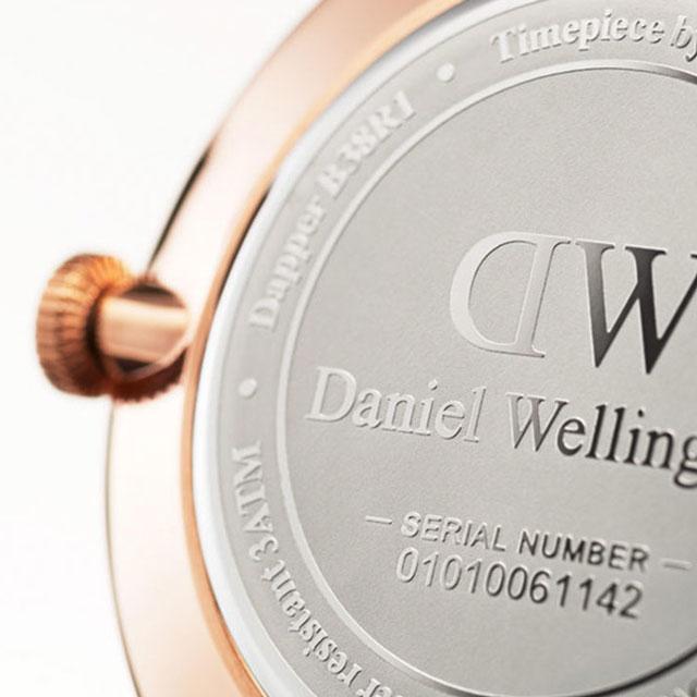 DanielWellington 38mm蓝针日历皮带石英男表