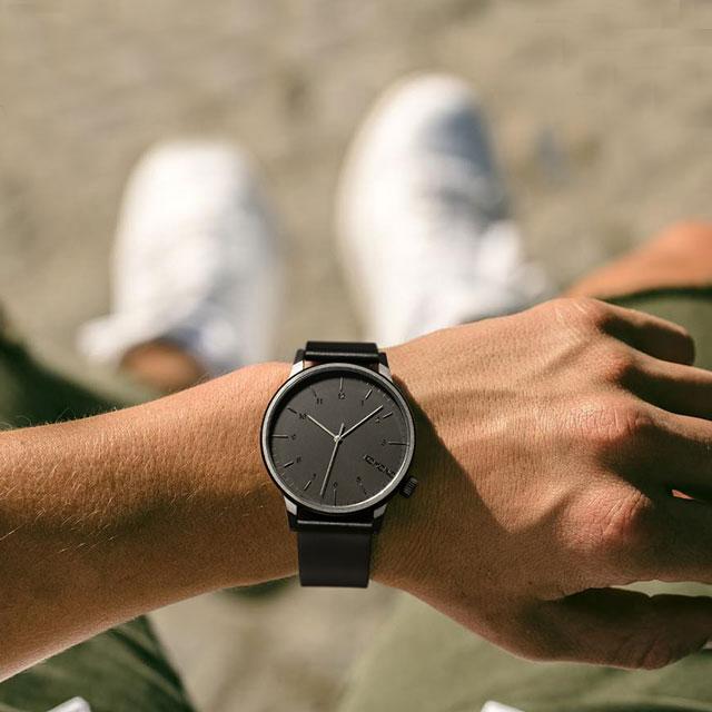 KOMONO 时尚简约休闲石英手表