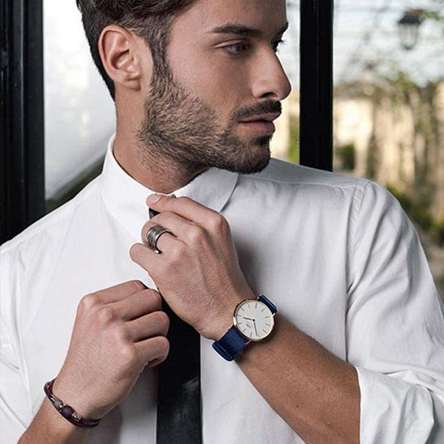 DanielWellington 40mm蓝色织纹带腕表