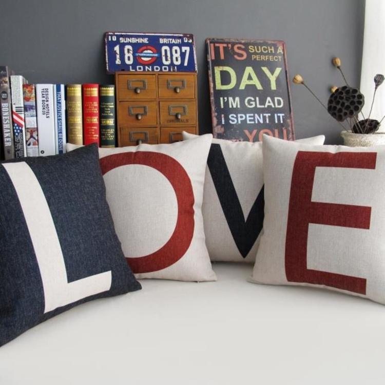 简约北欧字母LOVE棉麻抱枕