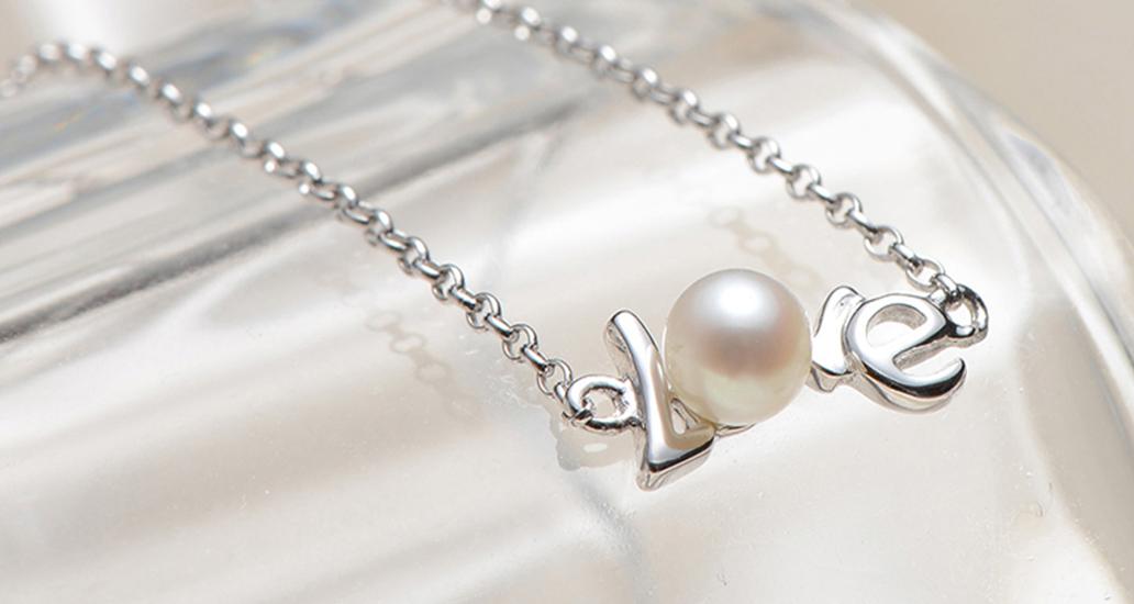 你的气质女友,喜欢你送她珍珠~