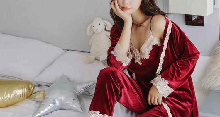 甜蜜新年夜,怎能缺了这件貌美睡衣