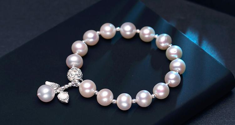 女神节不知道送啥?珍珠饰品表心意