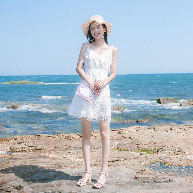 小清新流苏吊带海边度假连衣裙