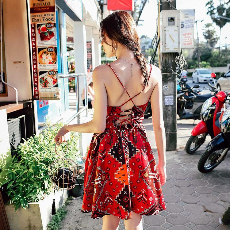 ,三月出游,带上这些沙滩裙,唯美浪漫又吸睛~