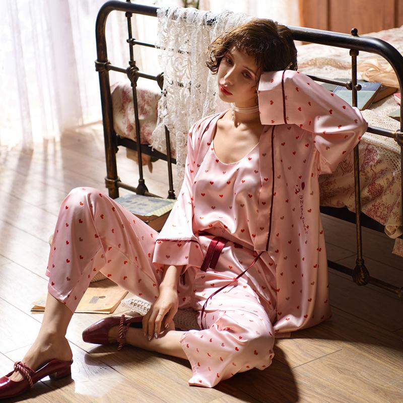 甜美冰丝性感三件套睡衣