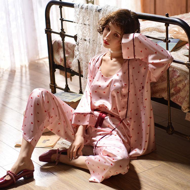 ,一套穿三季的睡衣,可爱又性感的诱惑!