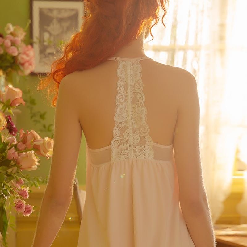 蕾丝性感美背吊带睡裙