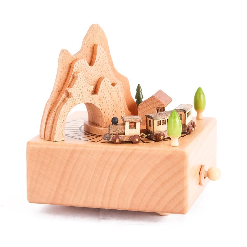 木质旋转木马音乐盒