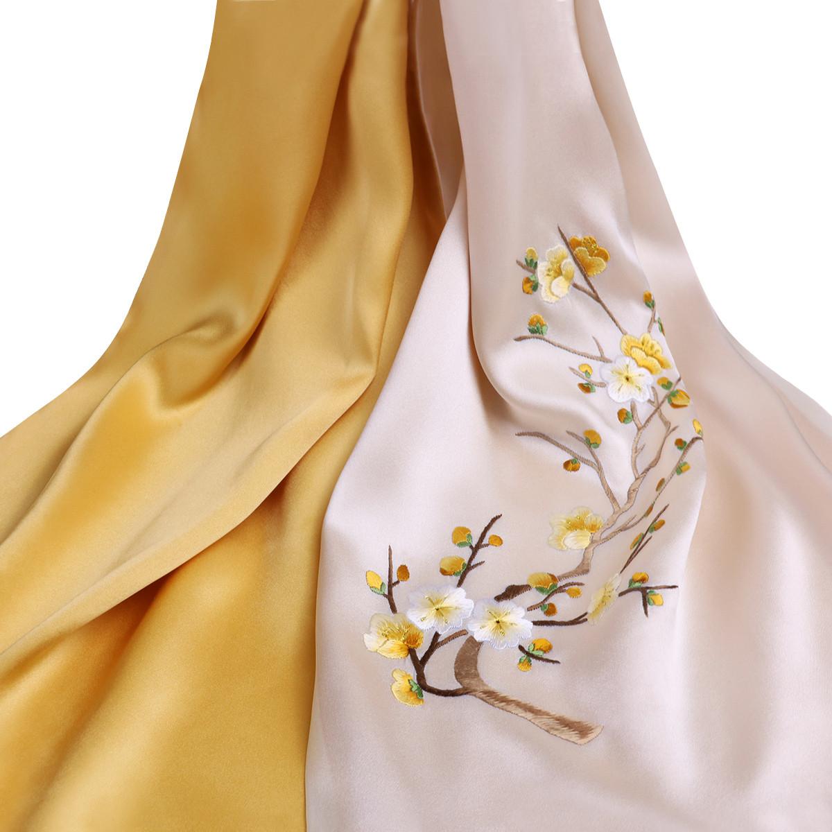 桑蚕丝刺绣丝巾