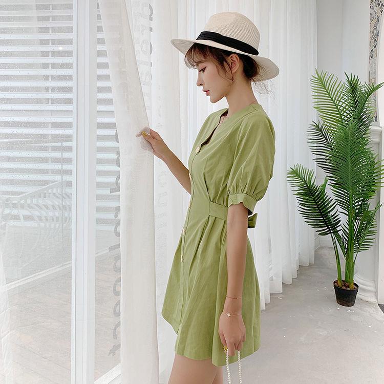 高腰V领连衣裙