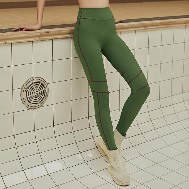 牛油果色紧身裤