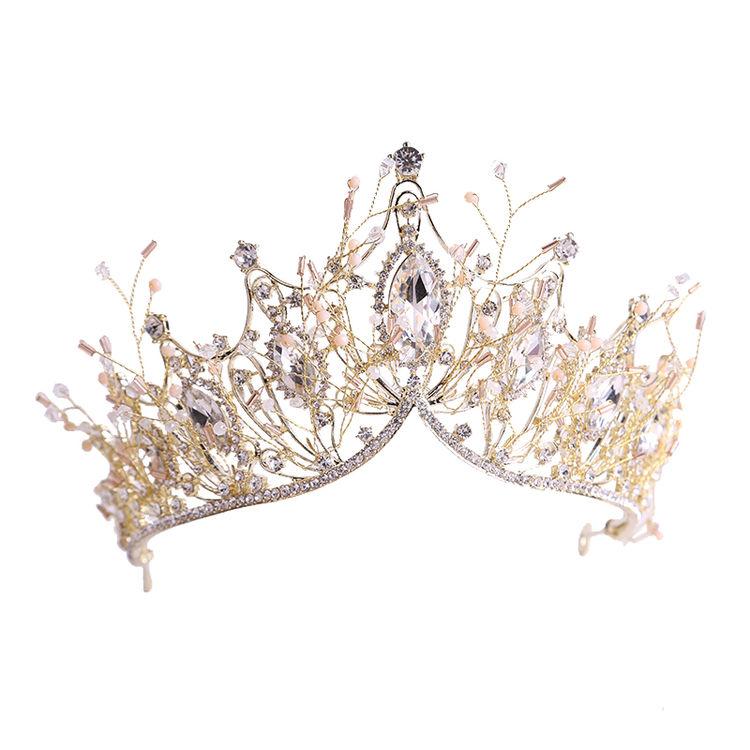 """,""""女王""""生日趴装扮,一年一次的仪式感"""