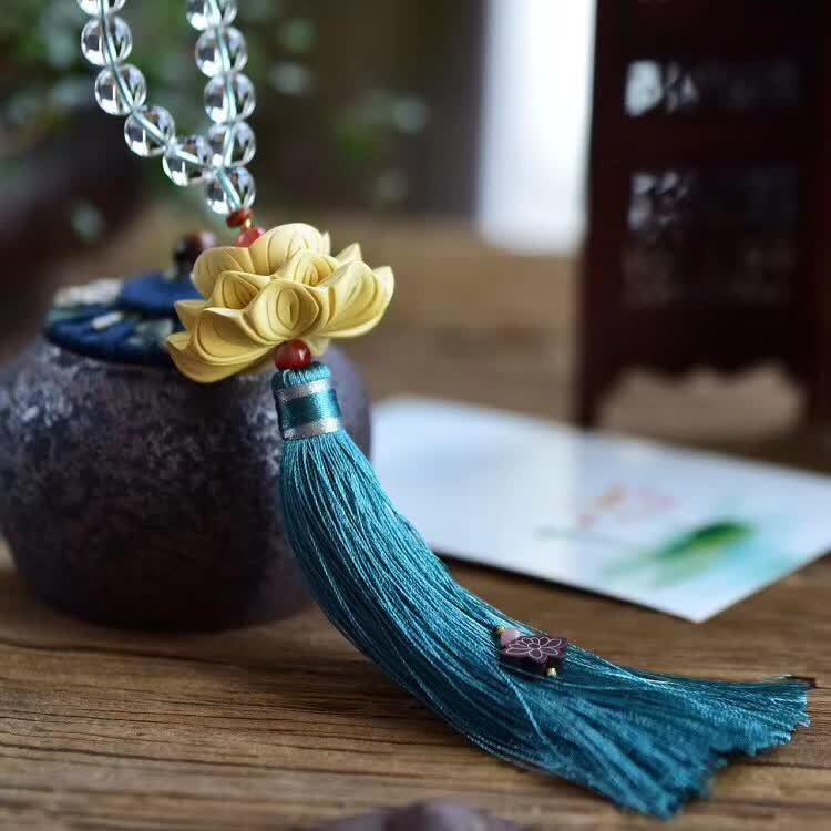 【净化霉运】天然白水晶10毫米搭配黄杨木精雕三层莲花开运车挂