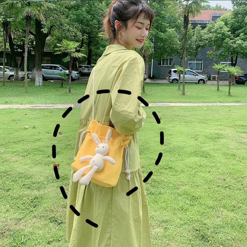 小清新水桶斜挎帆布包