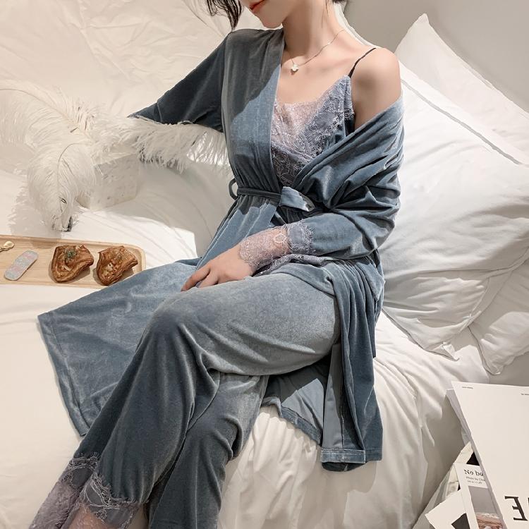 金丝绒宽松睡袍三件套