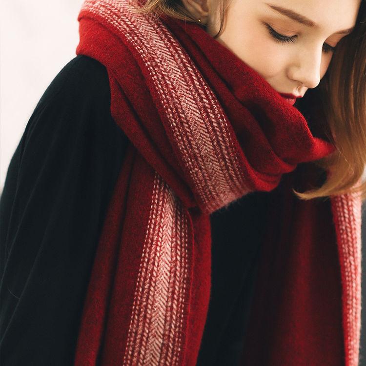 ,第一波寒潮即将来袭,你需要一条有温度的围巾