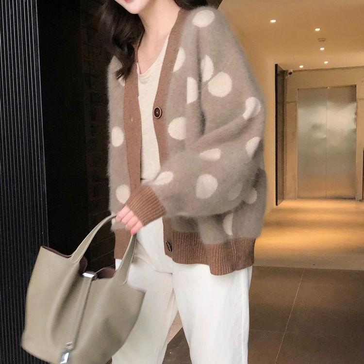 ,浪漫的秋天就是要穿软糯的毛衣呀