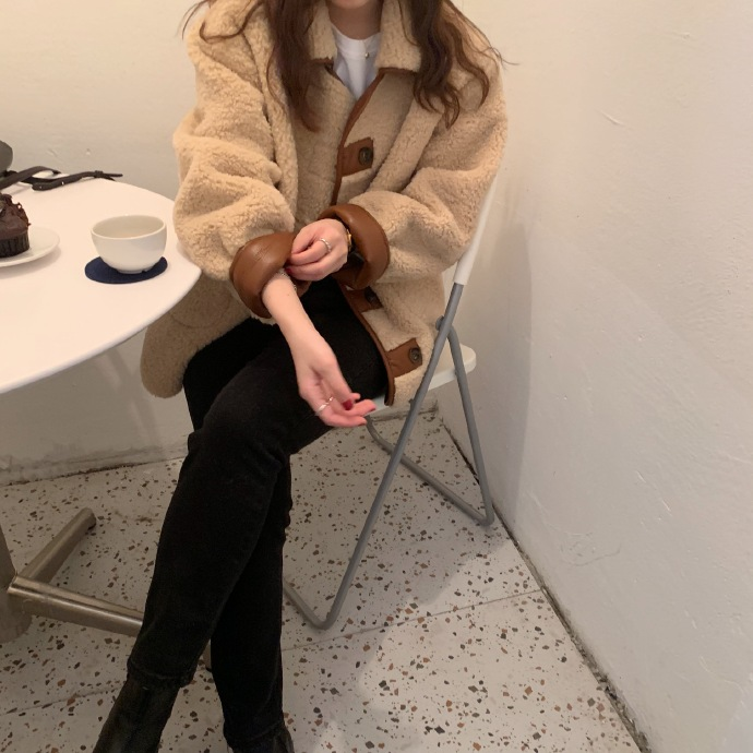 HEYGIRL黑哥◆羊羔毛拼接短外套